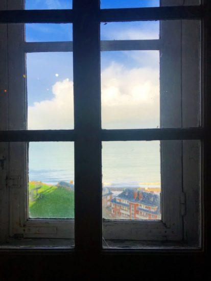 博物館の窓からの眺め