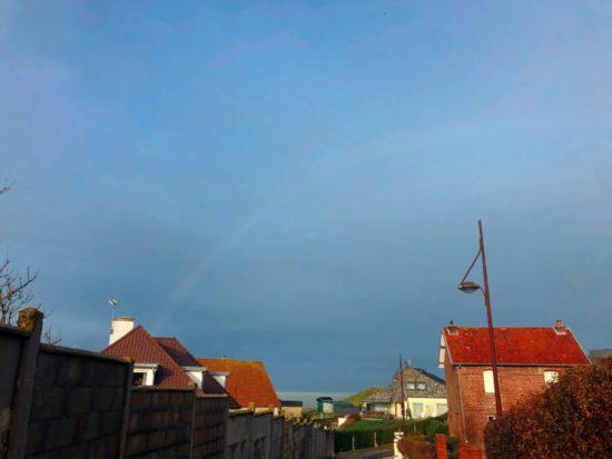 プールヴィルから見えた虹
