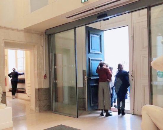 レンヌ美術館の入り口付近