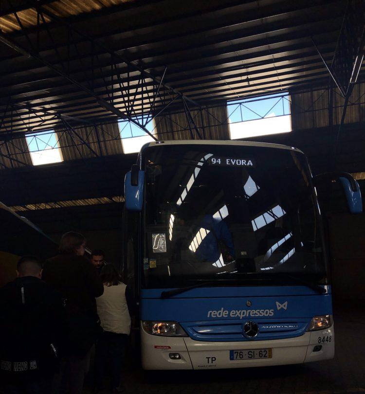 エヴォラ行きのバス