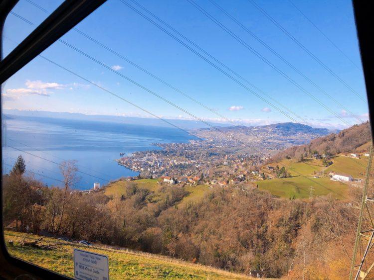 車窓 スイス