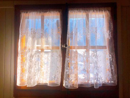 ホテルの窓 モントルー