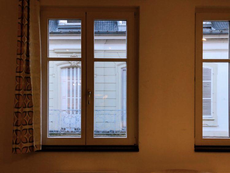 窓 アパート コルマール