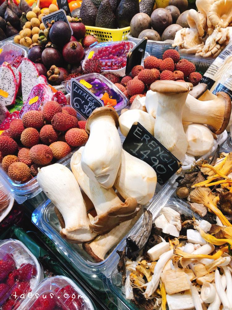 野菜 市場 バルセロナ