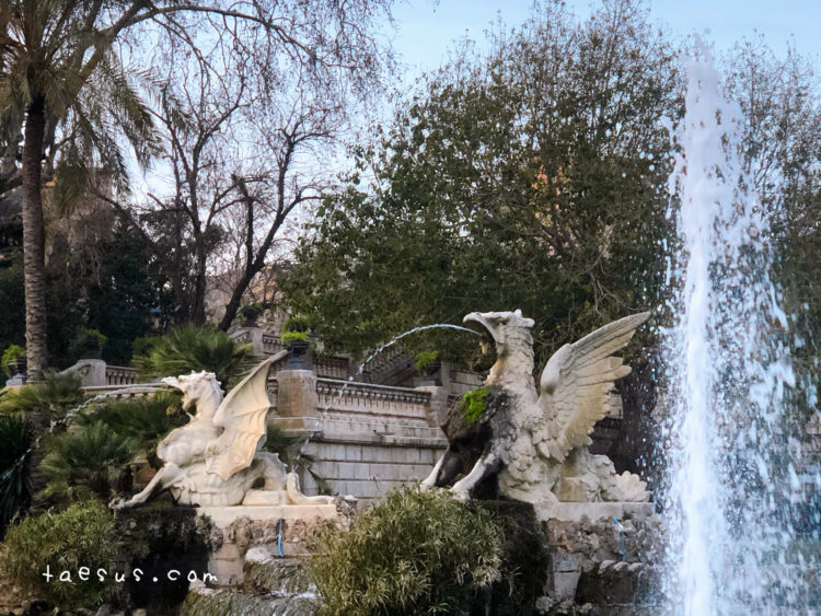 ドラゴン シウタデリャ公園 噴水